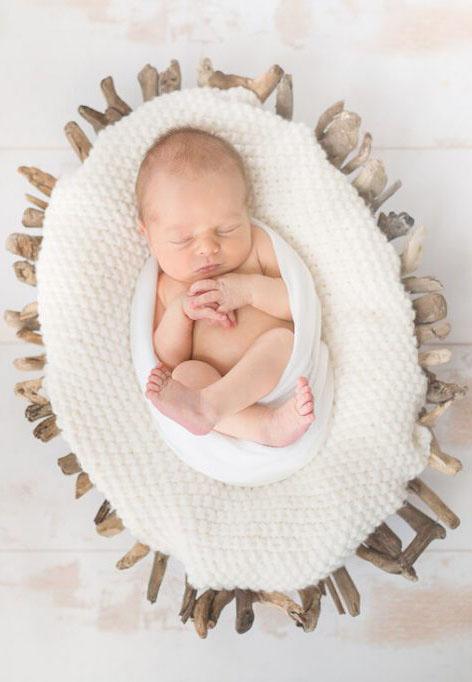 scéance photographe bébé nouveau né naissance tours